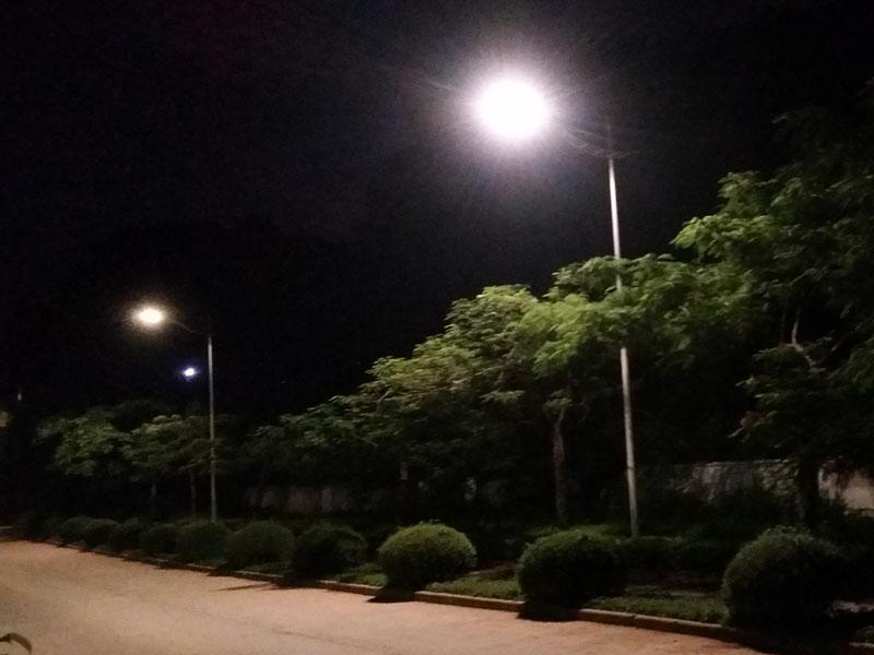 Hitechled optoelectronics 50w cobra led street light for Alumbrado solar jardin